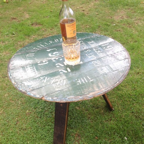Whiskey-table
